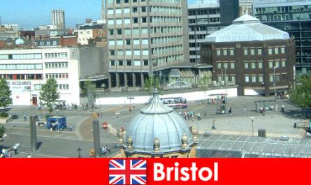 Забележителности в град Бристол в Англия за пътуващи почиващи