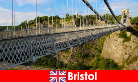Занимания на открито в Бристол с обиколки или екскурзии
