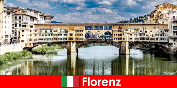 Емигрира във Флоренция като пенсионер със семейство и деца