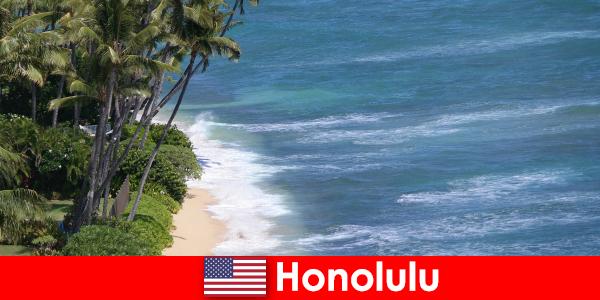 Насладете се на най-добрите забележителности на Хонолулу със семейства