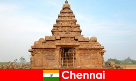 Чужденците от Ченай обичат красотите на храмовете, които са обект на ЮНЕСКО за световно наследство