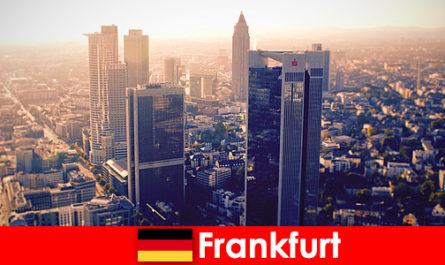 Домове и бардаци във Франкфурт на Майн първокласна ескортна услуга за класни гости