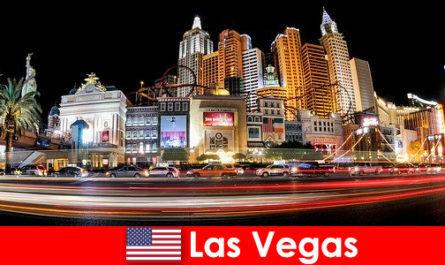 Лас Вегас, световната столица на развлечения, зарадва чужденците с нощния си живот