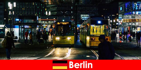 Проституция в Берлин с горещи ескорт курви от нощния живот
