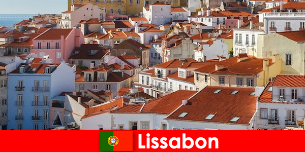 Лисабон, крайбрежната градска дестинация за пътуване с плажно слънце и вкусна храна