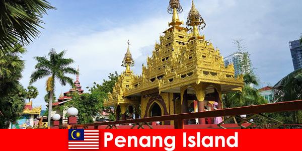 Топ опит за чуждестранни туристи в храмовите комплекси на остров Пенанг