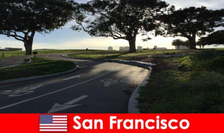 Изследователска обиколка за чужденци с колело в Сан Франциско, САЩ