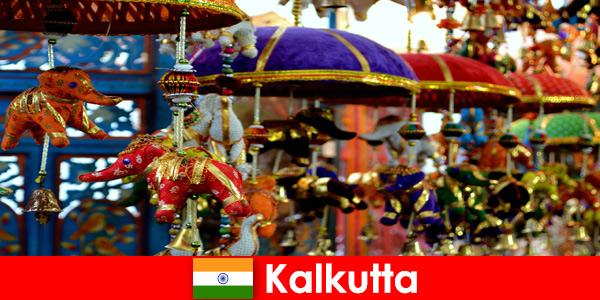 Цветни религиозни церемонии в Калкута, Индия, съвет за пътуване за чужденци
