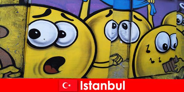 Турция Истанбулските сценични клубове за хипстери и артисти от цял свят като пътуване през уикенда