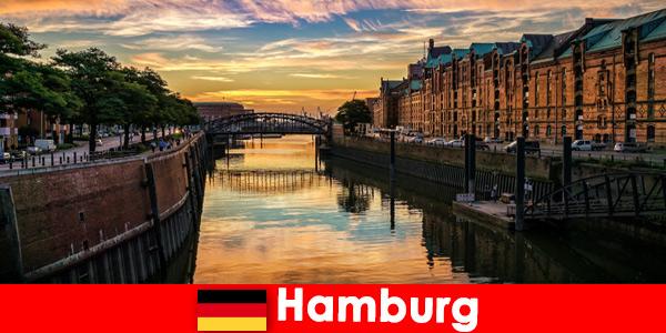 Архитектурна красота и забавление за кратки почивки в Хамбург Германия