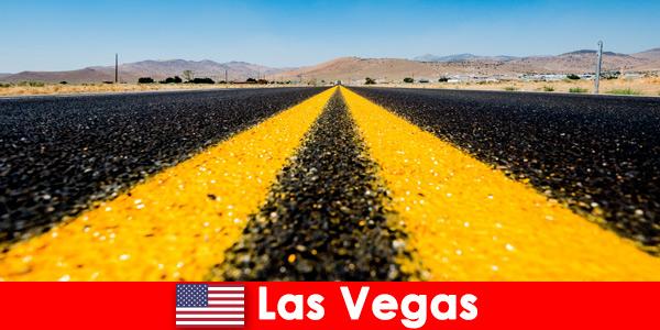 Приключенски и спортни дейности за търсачи на силни усещания изпитват пътниците в Лас Вегас, САЩ