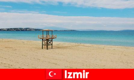 Релаксиращите туристи ще бъдат очаровани от плажовете в Измир, Турция