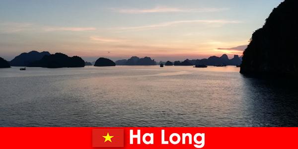 Перфектна почивка в Ха Лонг Виетнам за стресирани чуждестранни туристи